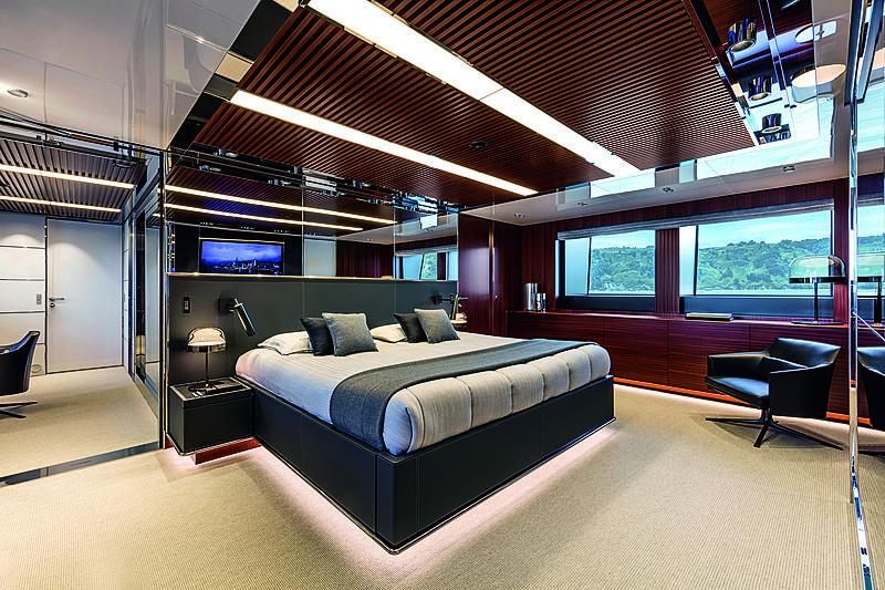 Riva 50m yacht Race interior