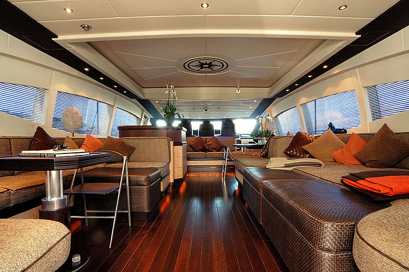 Ares yacht saloon
