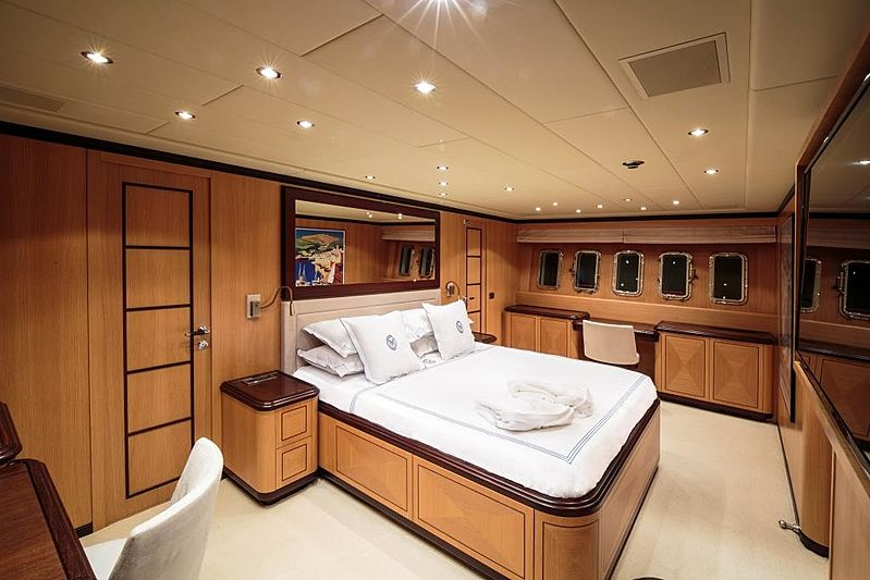 Chill Out yacht stateroom
