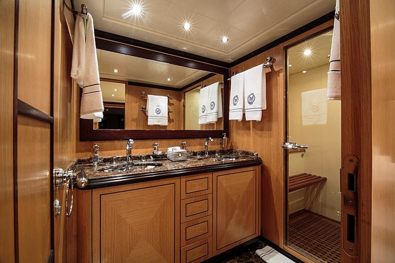 Chill Out yacht bathroom