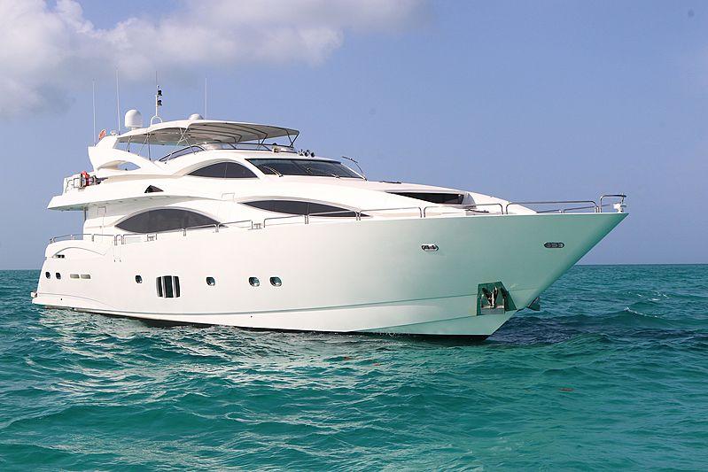 HAPPY yacht Sunseeker