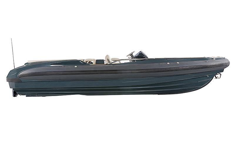 Castoldi Jet 25 tender exterior
