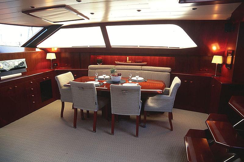 Concordia yacht dining