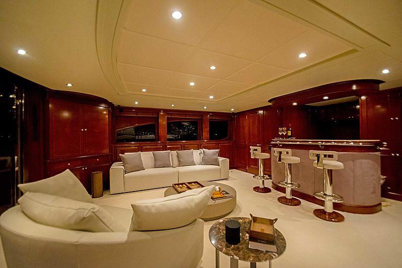 +Brava yacht interior