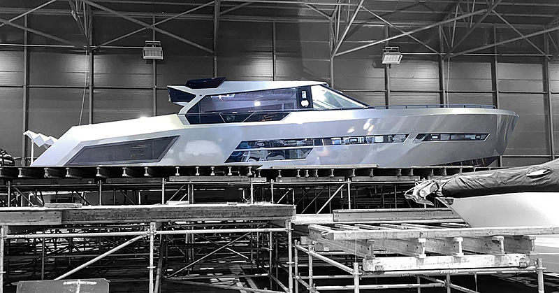 Mazu 82/01 yacht in build