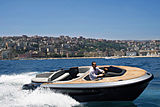 Evo T2 tender cruising