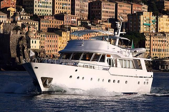 FIVE STARS yacht Benetti