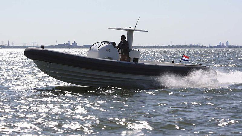 Xtenders 10.0M Main Tender cruising