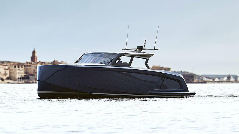 Vanquish VQ58 yacht