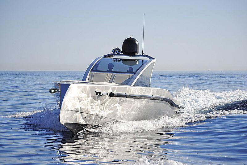 Maori 52ft tender cruising