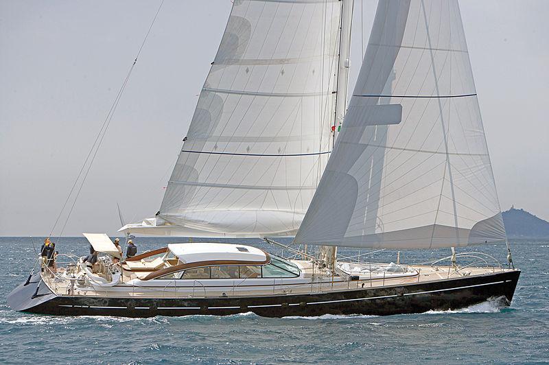 Mbolo yacht cruising