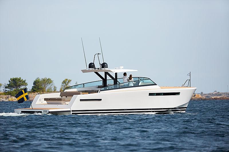 DELTA 60 OPEN  tender Delta Powerboats Ltd