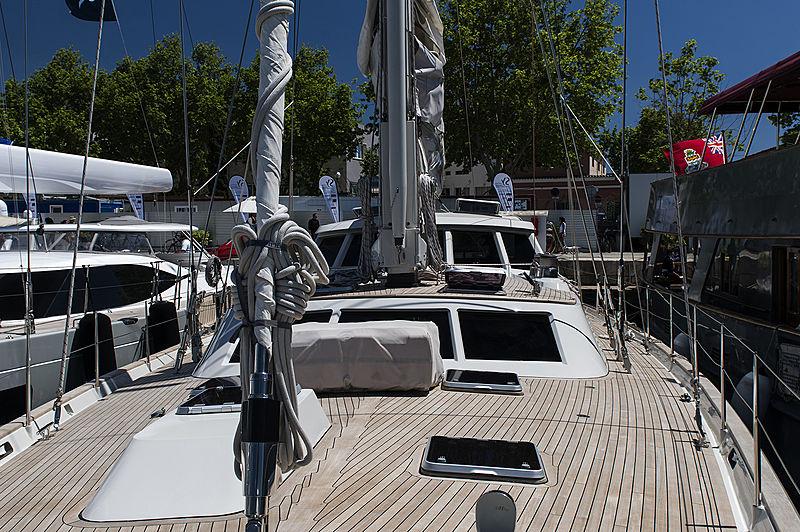 Iemanja yacht deck