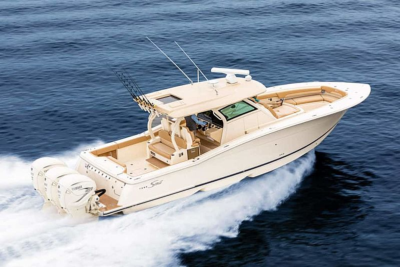 Scout 380 LFX tender exterior