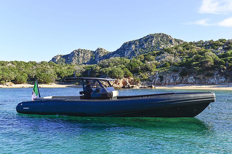NOVAMARINE BLACK SHIVER 120 tender Nova Marine