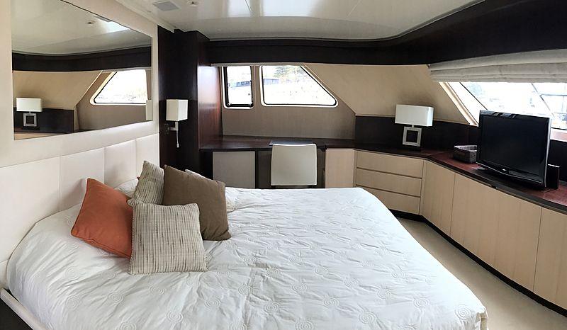 Nakessa yacht interior