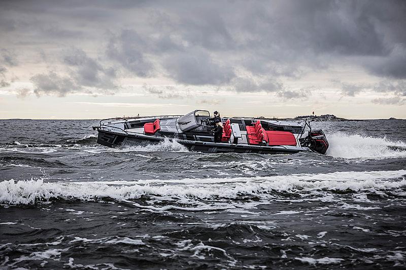 BRABUS SHADOW 900 tender Brabus Marine