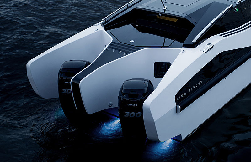 Ante Limo tender exterior