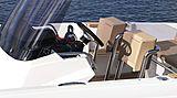 Windy SR28 tender exterior