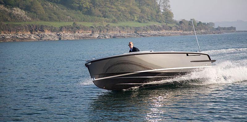 Cockwells 7M Open tender exterior