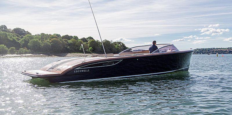 Cockwells 9.5M Open tender exterior