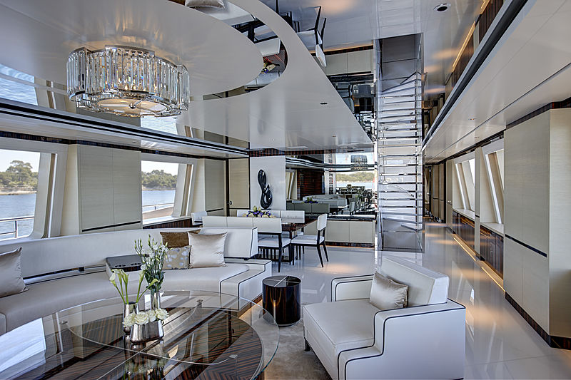 Como yacht saloon