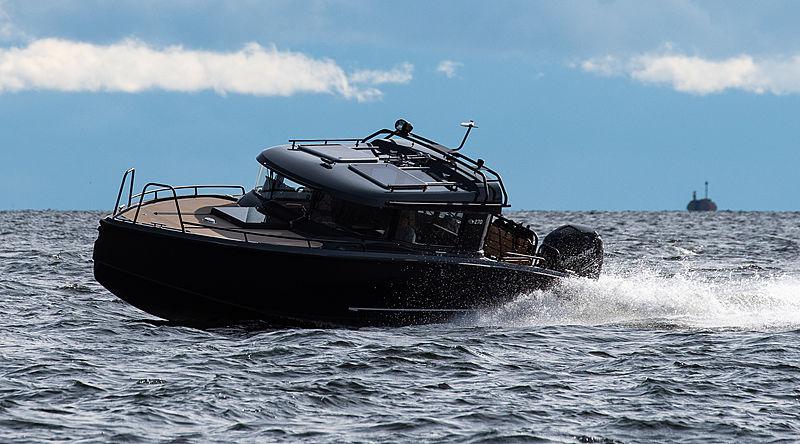 XO BOATS 270 CABIN tender XO Boats