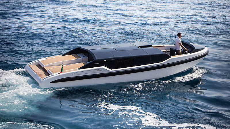 DARIELimo 9.5 tender exterior