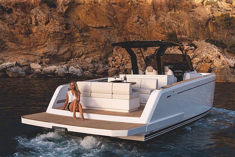 PARDO 38 tender Pardo Yachts
