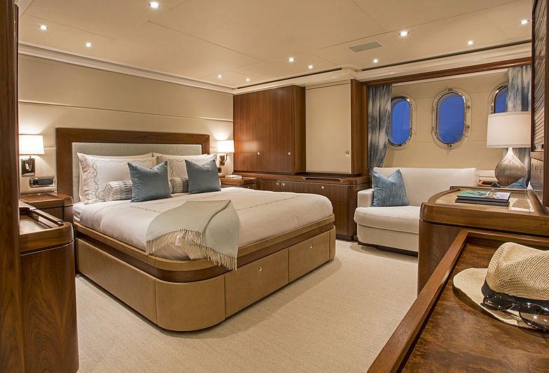 Phoebe yacht