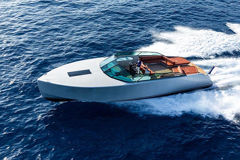 WATERDREAM CALIFORNIA 62 tender Waterdream Boats