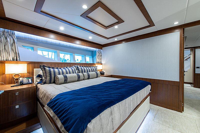 Catera yacht VIP stateroom