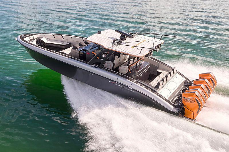 MIDNIGHT 43 OPEN tender Midnight Express Power Boats
