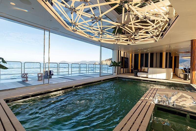 Luminosity yacht spa pool
