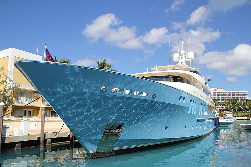 Silver Shalis yacht in Nassau Bahamas
