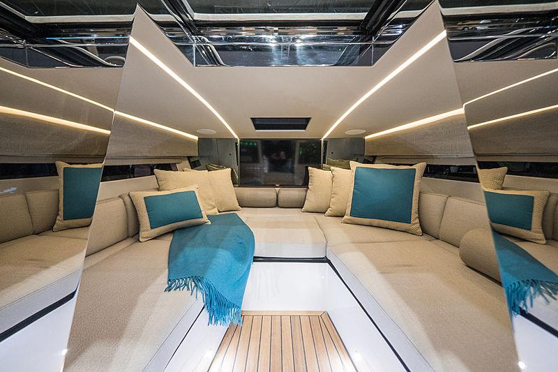 Nerea Yacht 24 Deluxe tender interior