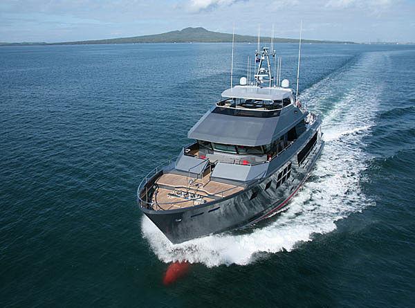 AKIKO yacht Alloy