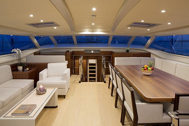 Sea Eagle I yacht saloon