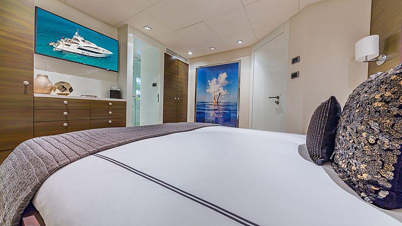 Big Sky yacht stateroom