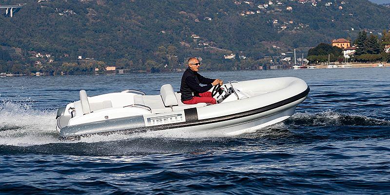 Pirelli J45 tender exterior