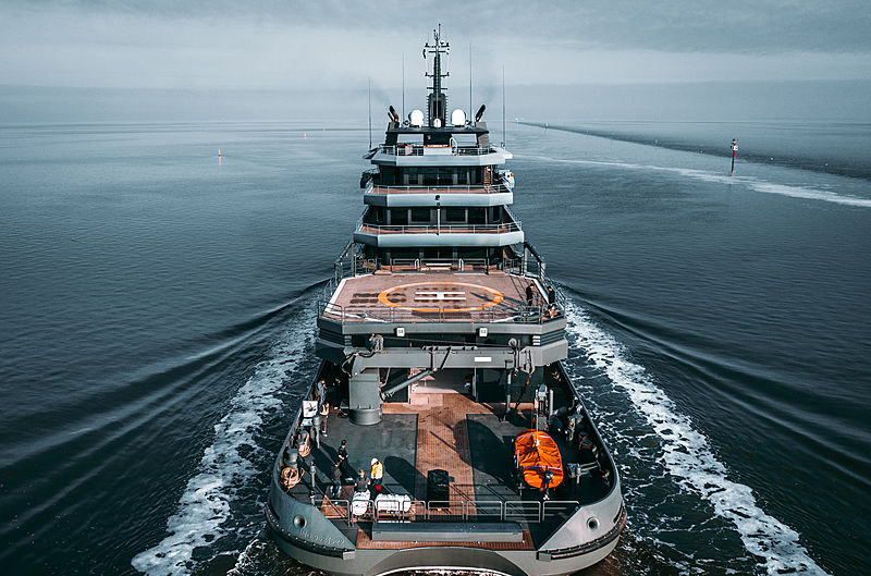 Ragnar yacht on sea trials