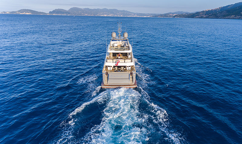 Mirabilis yacht cruising