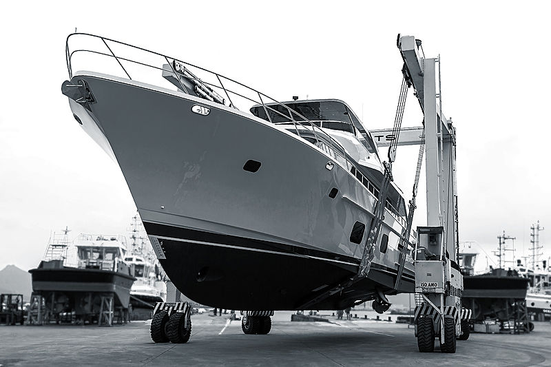 CL Yachts CLB88 / 01 yacht launch