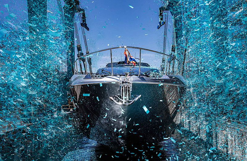 Riva 88/01 Folgore yacht launch
