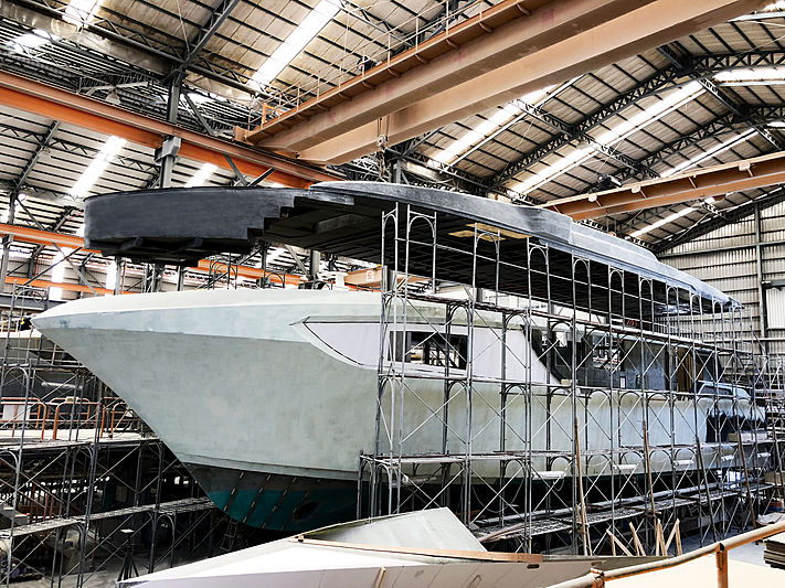 Horizon CC98 yacht in build