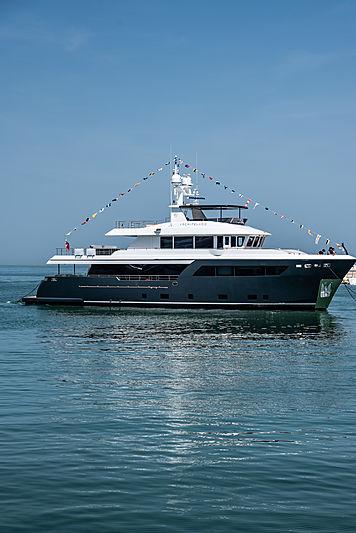 Darwin 102 yacht Archipelago in Ancona