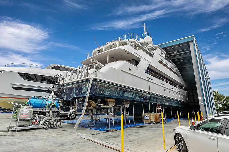 Ionian Princess yacht refit at Roscioli Shipyard