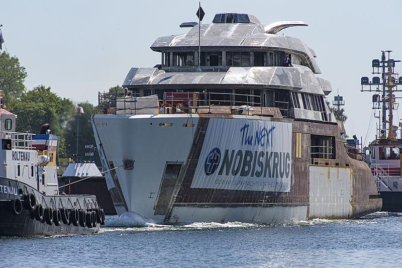 Hull transport of Nobiskrug yacht project 794