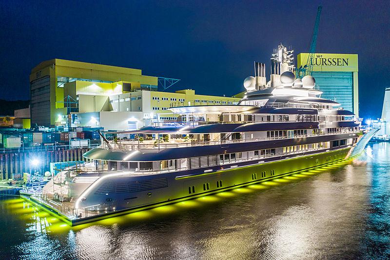 Lightning yacht by Lürssen