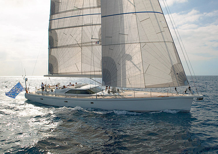 Simeron yacht sailing